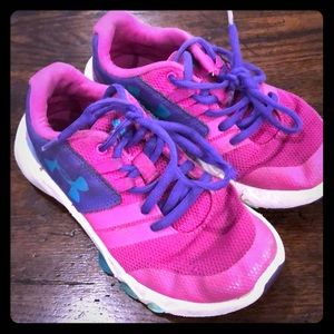 Girls Under Armour Shoes
